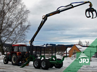 Vyvážačka Farma CT 8,5-12 G2 + traktor Zetor