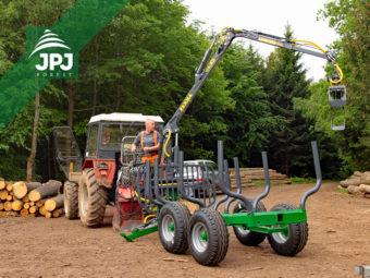 Vyvážacie vlek Farma CT 4,2-6 G2 + traktor Zetor 5245