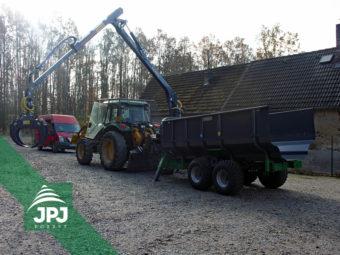 Vyvážacie vlek Farma CT 6,3-9 + 4WD pohon kolies, vaňa na raždie + traktor John Deere